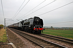 "LMS Coronation Class 8P 4-6-2 no 46233 ""Duchess of Sutherland"" on ""THE WHITE ROSE""  heads between Grantham and Newark Northgate ~ Oct 29th 2016"