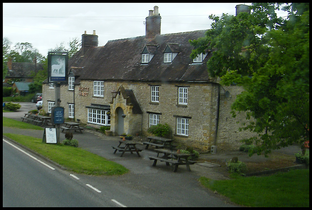 White Hart at Newbold-on-Stour