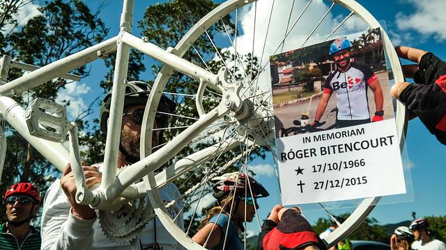 Bicicleta Fantasma em Memória a Róger Bitencourt [01]