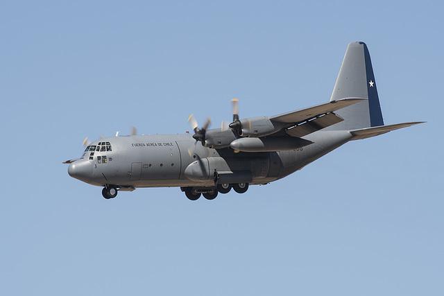 Fuerza Aerea de Chile Lockheed C-130H Hercules 996