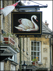 Swan Hotel, Eynsham