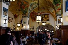 Im Hofbräuhaus