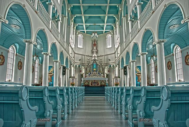 Religieusement symétrique