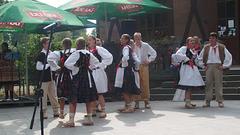 Infana folklora ensemblo PRZYGODA el Rybnik (Pollando)