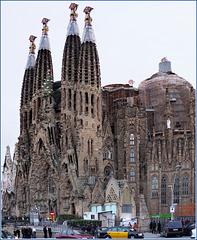 Barcellona : La Sagrada Familia 9 anni fa :  i lavori di costruzione sono ancora in corso..