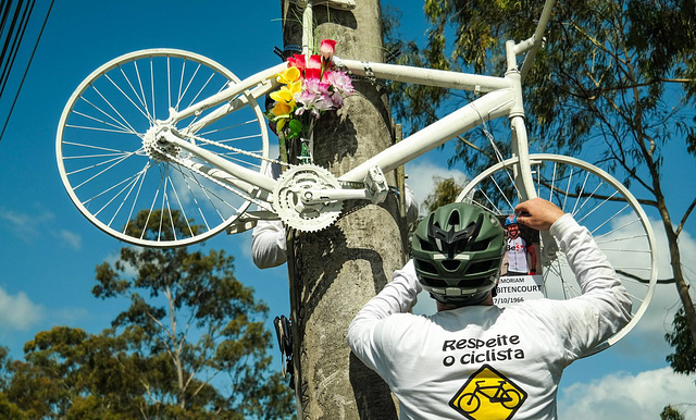 Bicicleta Fantasma em Memória a Róger Bitencourt [22]
