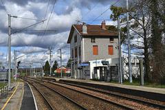 ARC ET SENANS (25) Ballade aux Salines: La gare.