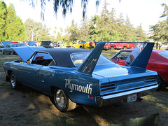 1970 Plymouth Hemi Road Runner Superbird