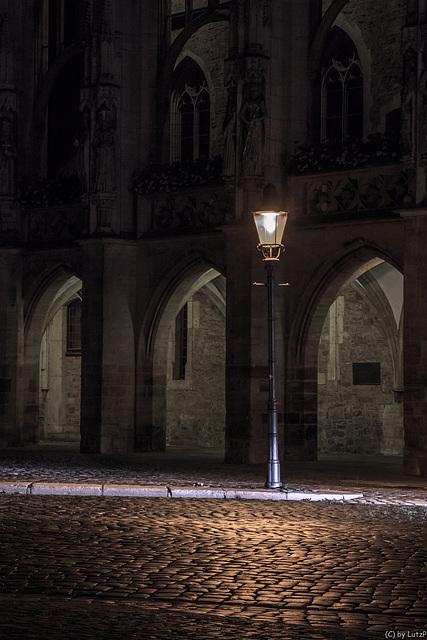 Lonesome Lantern (345°)