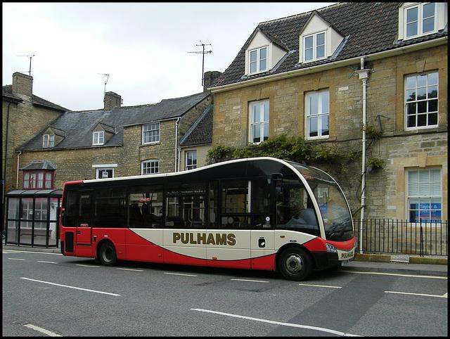 Pulhams bus at Chippy