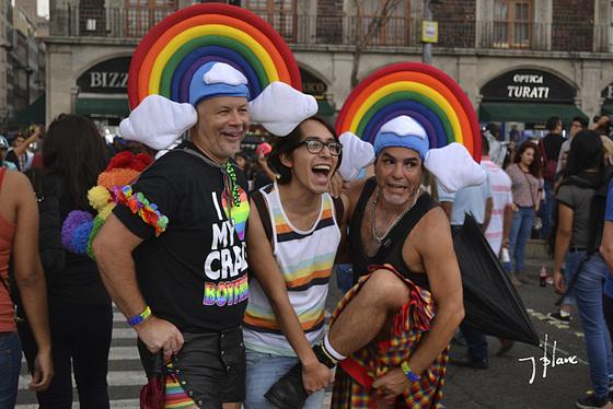 Extranjeros en la marcha de la Ciudad de Mexico