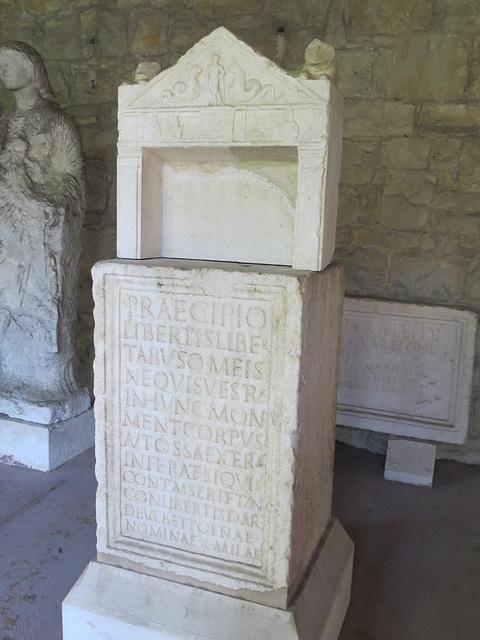 Musée archéologique de Split : CIL III, 9450.