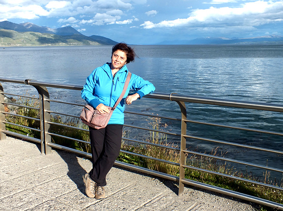 Ushuaia fence and me ...  :-)