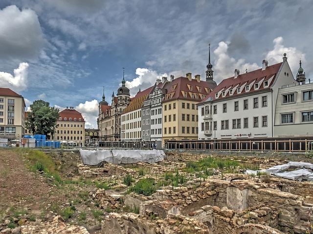 Dresden in die Keller geschaut - Historische Grundmauern