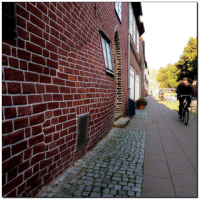 """""""schwangere Wand"""""""