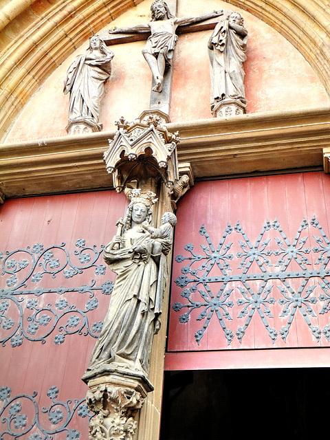 Erfurter Dom. Über dem Eingang. ©UdoSm