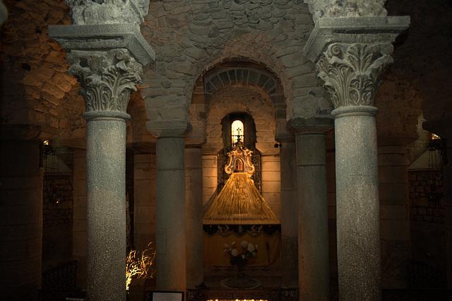 Crypte de la basilique N.D. du Port à Clermont-Ferrand