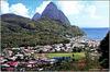 St. Lucia : Soufrière e Pitons, zona vulcanica ancora attiva.