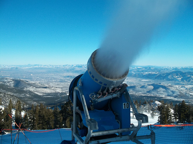 Snow machine
