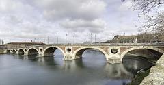 TOULOUSE (France), LE PONT NEUF ET LA GARONNE