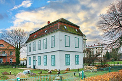 "Ludwigslust, das ""Fontänenhaus"" ...  HFF!"