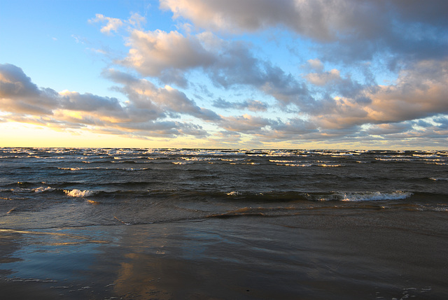 Die Wellen und die Wolken (Ostsee)