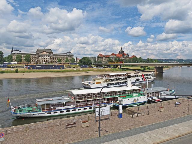 """Historischer Raddampfer """"Leipzig"""""""