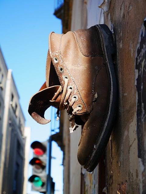 Une chaussure ? Des chaussées .