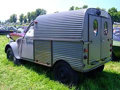 Citroen Van is very Grooved - Texture Wk 10