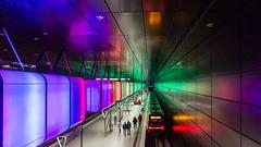 Licht und Klang- U4 HafenCity Universität (3xPiP)