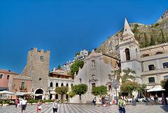 Piazza 9 Aprile in Taormina