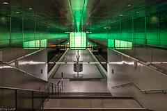 Terminal Station with Glass Fences - Endstation mit gläsernen Geländern