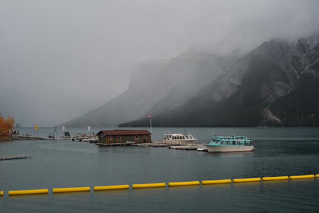 Lake Minnewanka, Yellow HFF