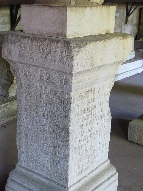 Musée archéologique de Split : CIL III, 1968, p. 2135.