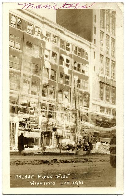 WP2045 WPG - AVENUE BLOCK FIRE JAN 1931