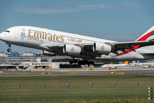 A380 startet in Wien