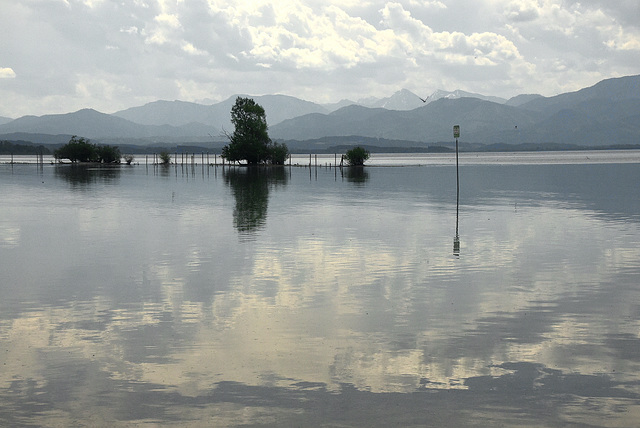 Still ruht der See, .....