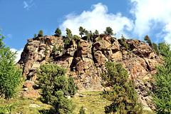 Felswand entlang der Wanderung zur Höchste Hütte