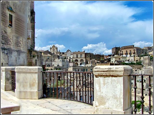 Matera : Una balconata sui 'SASSI'