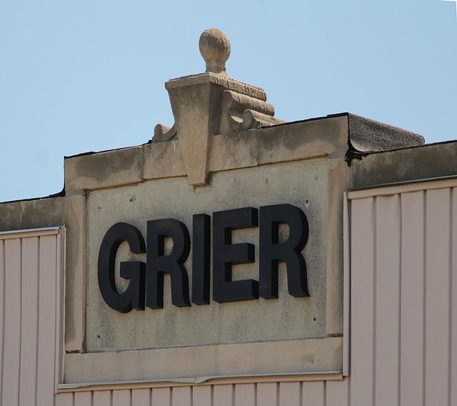 Apartments - Grier Apt