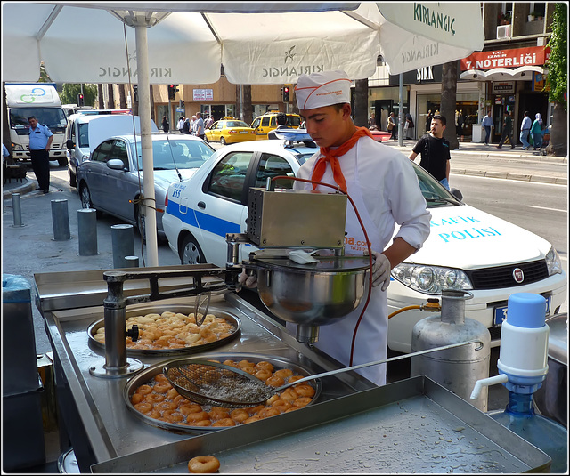 Turchia : Izmir - dolci frittelle per i golosi - (991)