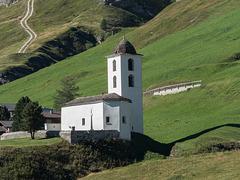 Blick zur Edelweißkirche