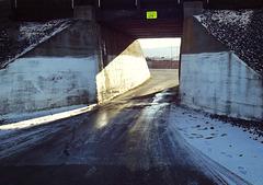 One-lane tunnel