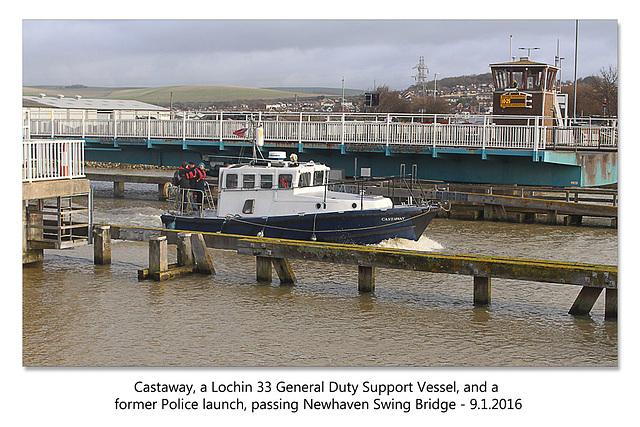 Castaway passes Newhaven Swing Bridge - 9.1.2016