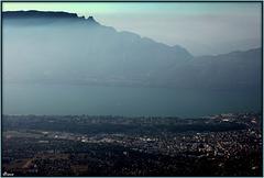 Du Revard vue sur le lac du Bourget et la ville d'Aix les Bains - Savoie