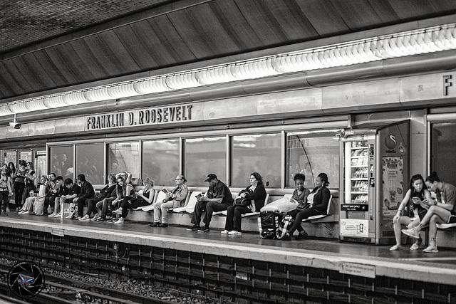 Station du métro de Paris (Franklin D. Roosevelt)