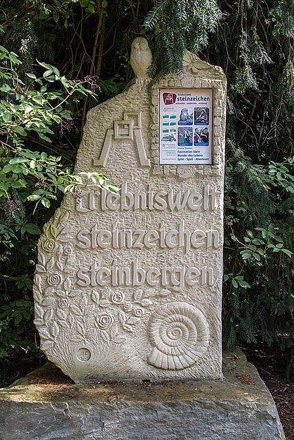 20140831 4734VRAw [D~SHG] Steinzeichen, Bückeburg