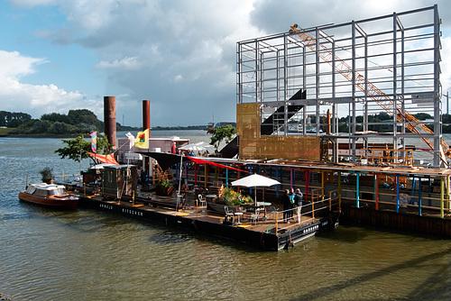 Café Entenwerder --- ponton-1210707-co-06-09-15