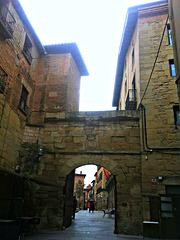 Puerta medieval.