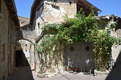 Dieulefit, la Viale (vieille ville) (1)